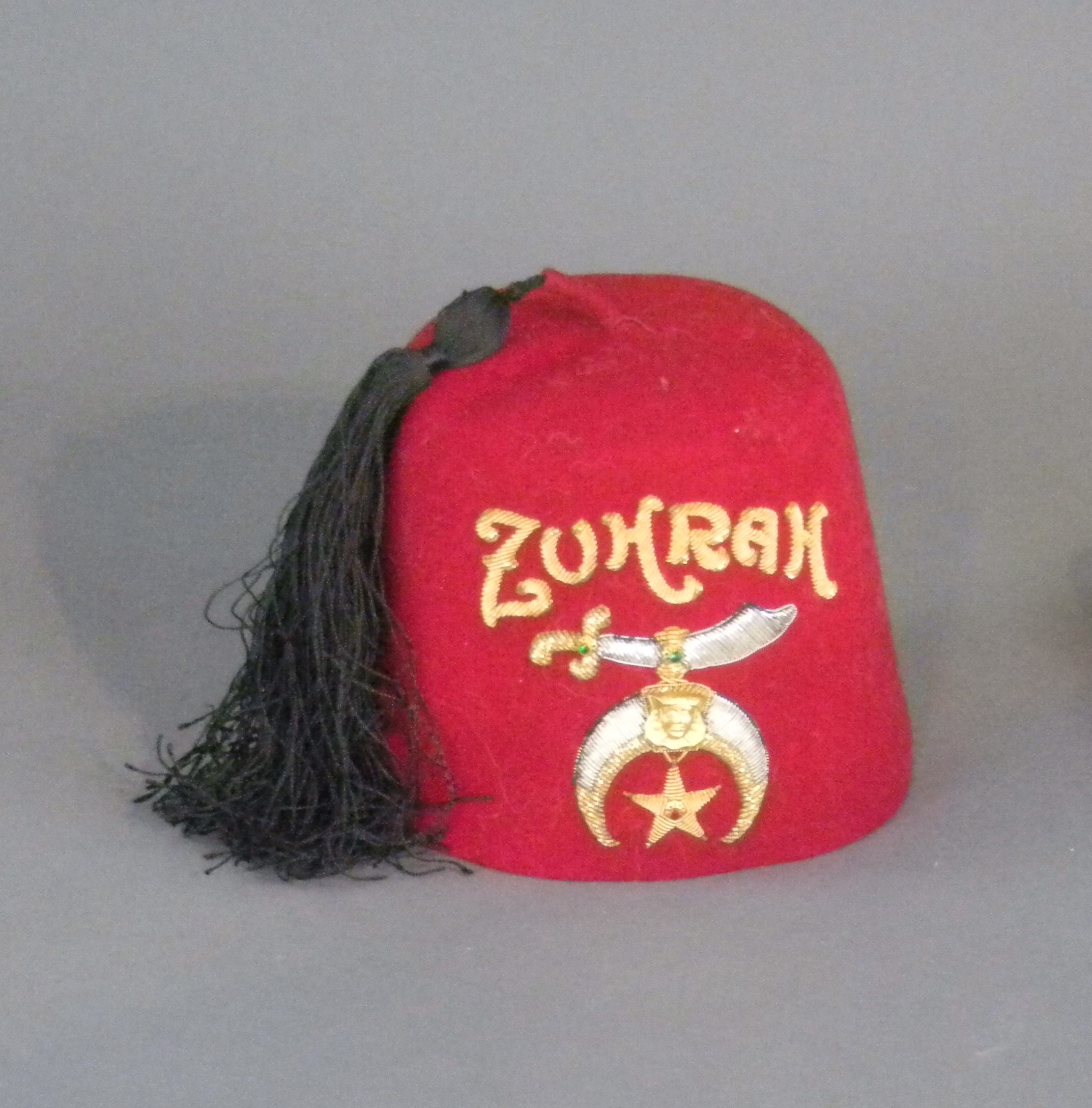 Image of a hat.